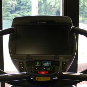 Used Cybex 627a Arc Trainer screen