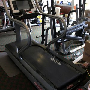 Star-Trac-E-TRx-Treadmill--rear