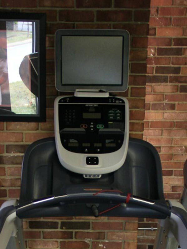 precor-trm-835-treadmill-screen